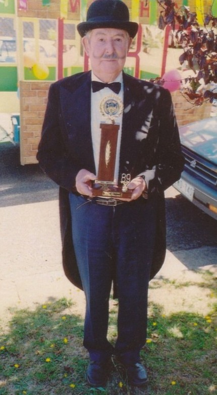 Award won by the Group for the best float in the 1989 parade